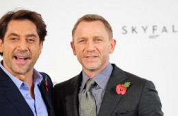 James Bond Bisexual: Daniel Craig, Javier Bardem On Alleged Homoerotic 'Skyfall' Scene